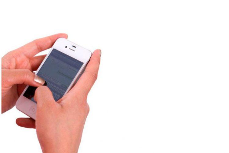 La intervención mediante mensajes de texto puede aumentar el control glucémico en DMT2