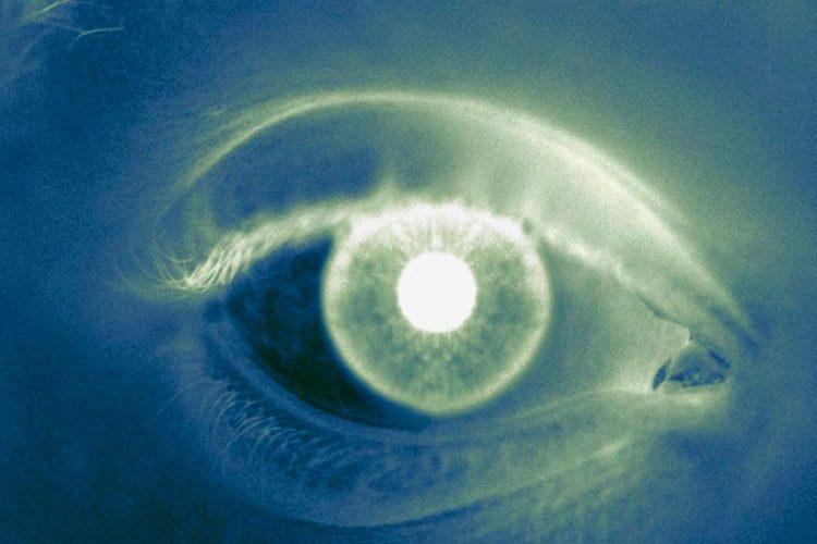 Se observa una lesión novedosa en la retina de algunos sobrevivientes de ébola